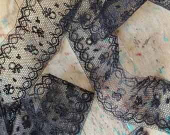 1 Yard Vintage Lace