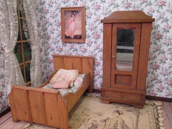 Meubles De Maison De Poupee En Bois Allemand Lit Et Literie Etsy
