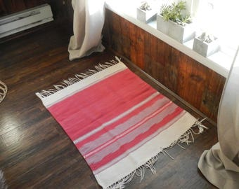"PINK Mexican Vintage Throw Rug  / Aztec / geometric ethnic / 35"" x 30"""