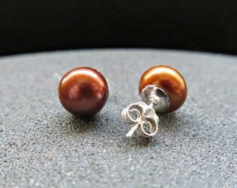 copper pearl earrings. brown pearl studs. Canadian seller. freshwater pearl jewelry. sterling silver post earrings.