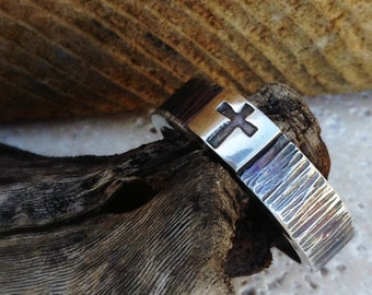 Old Rugged Cross Ring Wood Like Texture on Men's Sterling Silver Band Gifts for Him Gifts for Men Valentine's Day Gift Wedding Band for Men