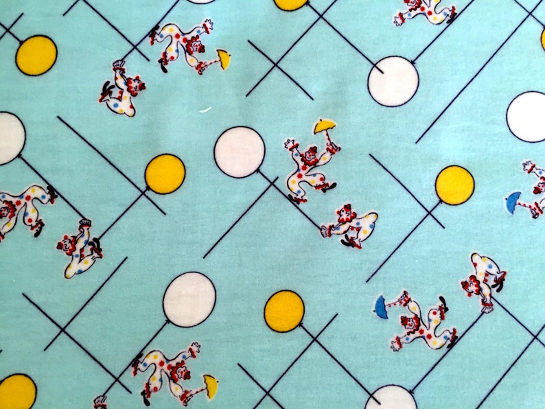 Cute 50s VTG Flannel Pajama Fabric/ Kids Clown Design/ Cotton image 0