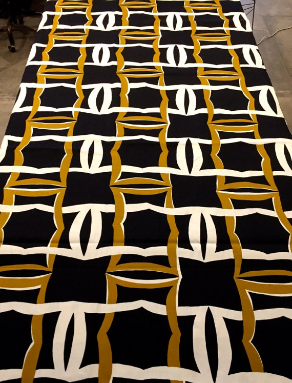 Cool 70s Op Art Broadcloth Fabric/ Geometric Razzle Dazzle/ Cotton Yardage for Upholstery and Home Decor/BTY 4 Yards