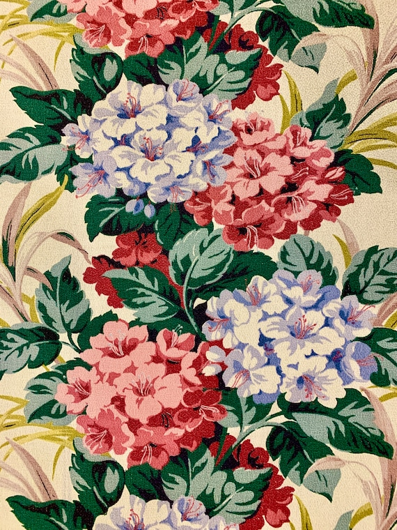"""Beautiful Blooms 1940s Barkcloth Fabric/ Shabby Chic Cotton Yardage for Upholstery and Home Decor/ 35W""""x 74""""L/ 2 Yds"""