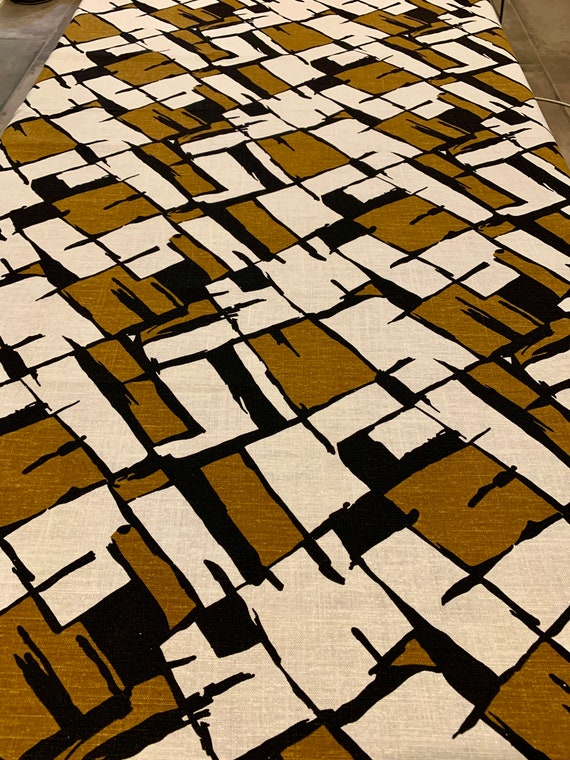 Striking 70s Abstract Plaid/ Linen Fabric for Upholstery, Wall Art, Home Decor/ 2.5 Yards