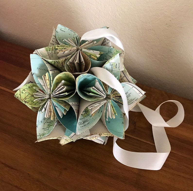 Atlas World Map Large Book Paper Flower Ball Hanging Ornament Decoration