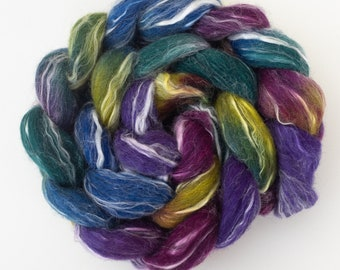 Hand dyed grey Corriedale Ramie, Fizz, Corriedale, hand painted tops, hand dyed roving, felting, Ramie, flax fiber, spindling braid, 107g