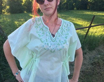 e0302c3e57c8a4 Gorgeous Green Embroidered Batwing Top. Lightweight Cotton. Free Size.