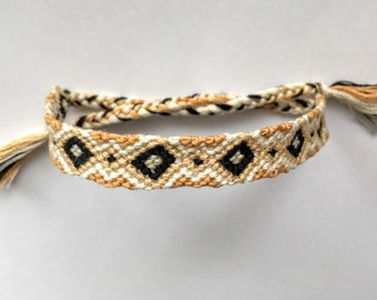 Friendship Bracelet -Aurnia-