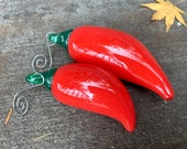 Glass Chili Pepper Ornaments, Big & Little Red Peppers, Green Loops, Hanging Sun Catchers, Tree Decorations, Metal Hooks, Avalon Glassworks