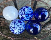 Blue and White Floats, Set of Five Small Decorative Art Glass Balls, Nautical Pond Spheres, Garden Art, Outdoor or Indoor, Avalon Glassworks
