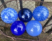 "Baby Blues, Set of Five Small Floats, 2.75"" Decorative Art Glass Balls, Light & Dark Blue Nautical Pond Spheres Garden Art Avalon Glassworks"