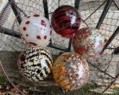 Burgundy Red Maroon Beige Oxblood Glass Floats, Set of 5 Hand Blown Garden Balls Interior Design Spheres Outdoor Art Orbs, Avalon Glassworks