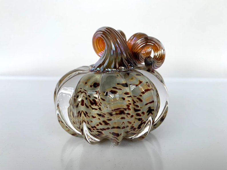 Natural Spot Pumpkin Small Solid Glass Paperweight 3 image 0