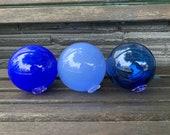 "Blue Glass Floats, Set of 3 Hand Blown Balls, 4.5"" Decorative Nautical Coastal Floating Garden Art Orbs, Design Spheres, Avalon Glassworks"