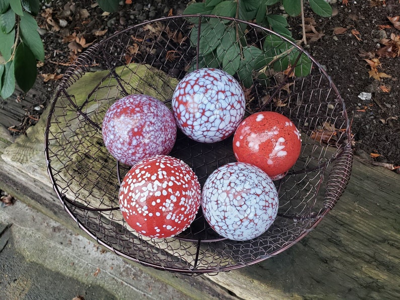 Red and White Spotted Garden Pond Balls Set of Five Blown image 0