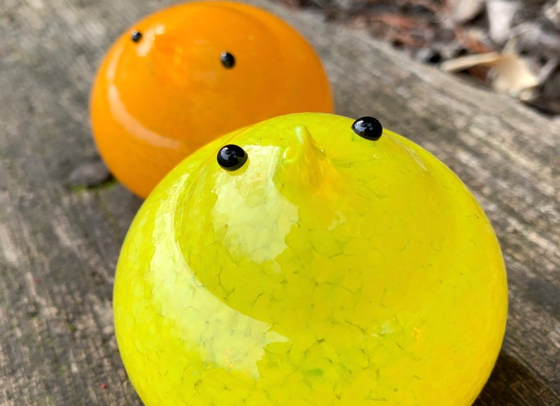 Set of Two Very Cute Hand Blown Bird Sculptures Avalon Glassworks Yellow and Orange Glass Chicks Easter Mantel Tabletop Spring Decoration