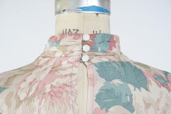 Vintage 1980s Floral Sheath Dress, Pale Pastel Fl… - image 7