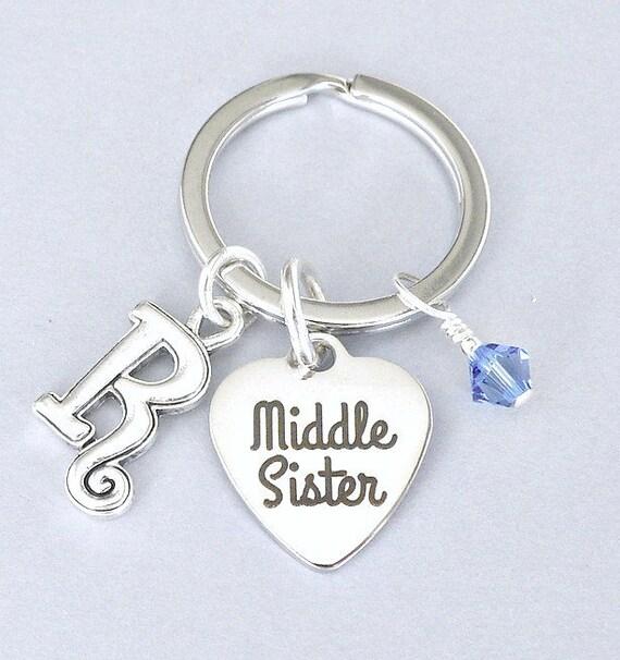 La soeur du milieu personnalisée porte-clés avec initiale et cristal de Pierre de naissance, sœur cadeau porte-clé personnalisé, frères et soeurs porte-clés