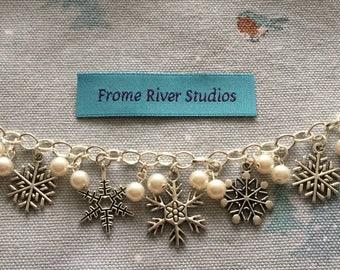Winter Theme Charm Bracelet, Snowflake Charm Bracelet, Charm Bracelet, Winter Jewelry, Snowflake Jewelry, Gift for Women, Let It Snow, w2
