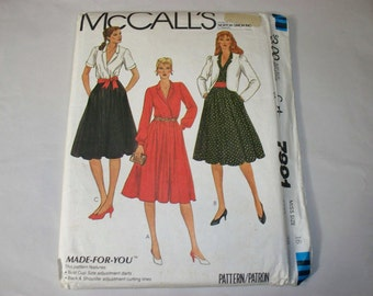 Vintage McCall's Dress and Jacket Pattern 7891, Size 16 (Free US Shipping)