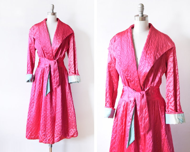 40s quilted robe vintage 1940s dressing gown magenta pink  image 0