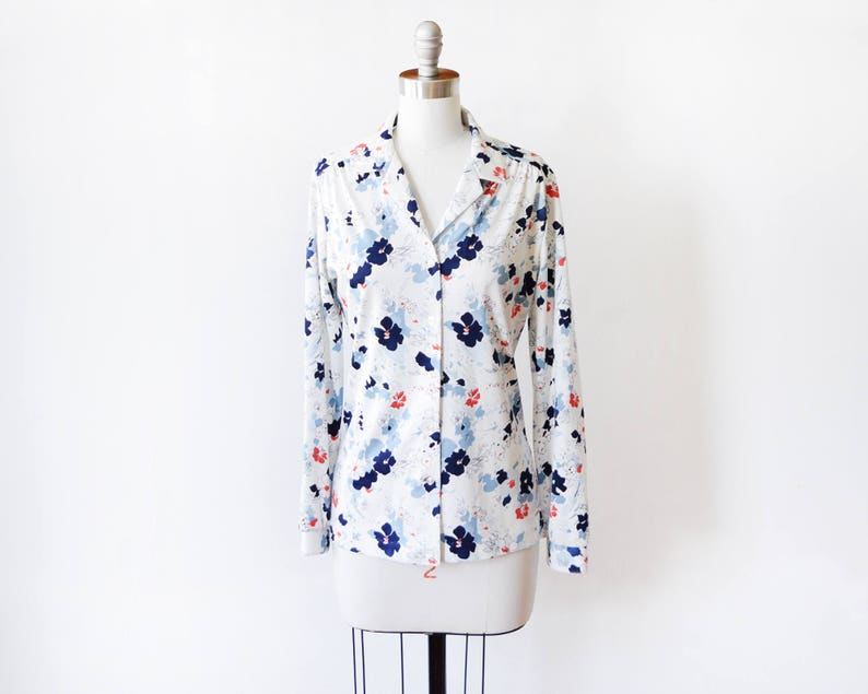 70s floral blouse vintage 1970s floral button up shirt white image 0
