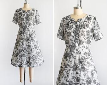 50s Floral Dress, Vintage 1950s Dress, Black & White Flower Print Cotton Dress w/ Rhinestone Buttons, 2x