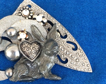 Vintage Silver Bunny Rabbit Collage Clothing Clip Costume Fashion Jewelry Pin Easter Brooch