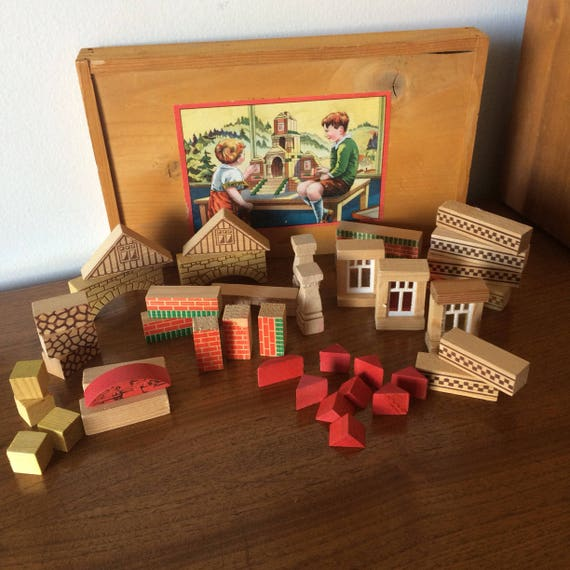 Magnificent Vintage Childrens Wooden Blocks Windows Bricks For House Building With Box And Litho Paper Label Antique Toy For Boys Girls Home Interior And Landscaping Mentranervesignezvosmurscom