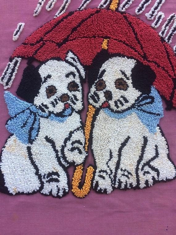 Vintage cousu broderie 2 sous chiots sous 2 un parapluie tissu pièce 40 ' s 50 ' s Boxer Tenture murale, sac fourre-tout, oreiller cas, artisanat, projet e06a2d