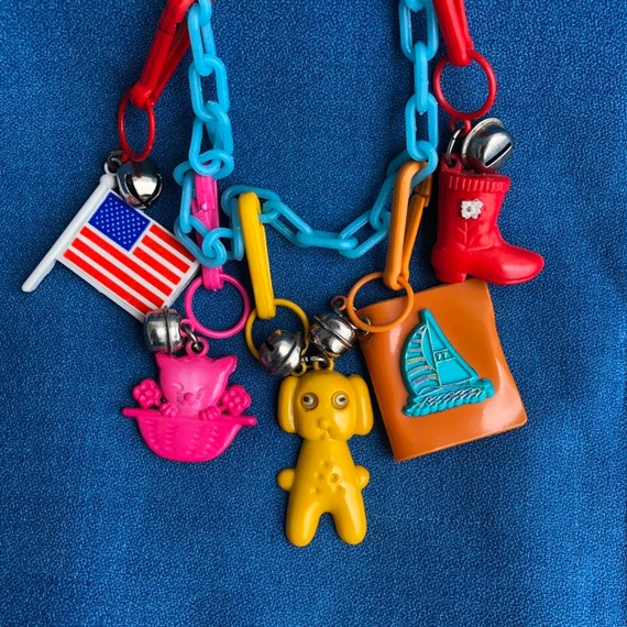 VTG 80/'s Plastic Clip On Charm with Bell For Charms Necklace Google Eyes Cat