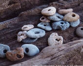 ODIN STONE Treasure Coast Natural Beach Stone Gemstone in Gift Bag - Holey Stone, Hag Stone, Witch's Stone