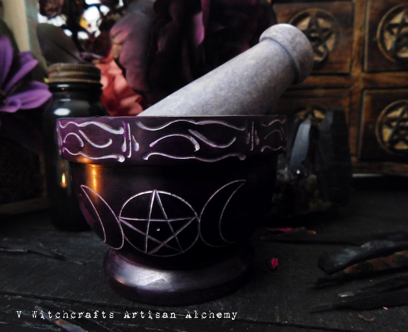 SPIRIT™ Purple Triple Moon Pentacle Carved Soapstone Mortar & Pestle -  Crafting Herb Spice Incense Grinding Preparation Tool, Witchcraft