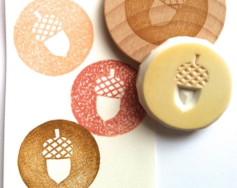 acorn stamp | circle rubber stamp | diy autumn woodland craft | christmas scrapbooking | gift wrapping | hand carved by talktothesun