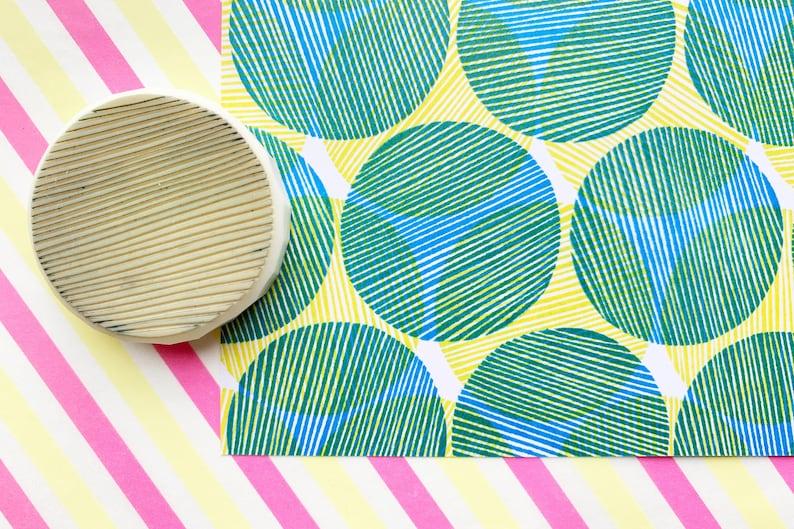 stripe circle rubber stamp  circle pattern stamp  hand image 0