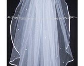 PEARL ACCENT Elegant Wedding Bridal veil. White or Ivory , your choice. elbow lenght with silver comb ready to wear