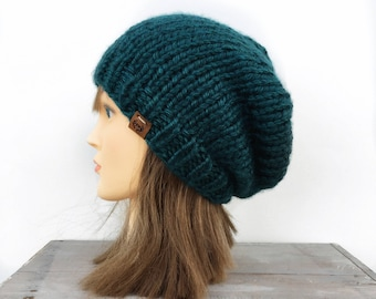 Slouchy Beanie / Hand knitted beanie / knit beanie / winter knit hat / winter knit slouchy hat / chunky slouchy hat / slouchy knit beanie