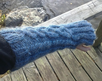 Knitted Wrist Warmers Pattern Cables Sleeves