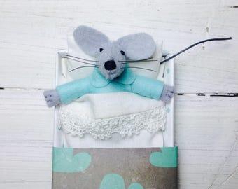 Hand made dolls felt animal bed in a box mint felt toy kit  sleepy miniature felt mouse animal plushie stuffed animal gray in matchbox