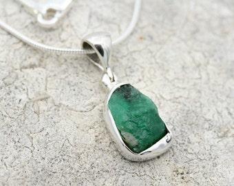 Raw Emerald Necklace, Raw Emerald Pendant, Natural Emerald Jewelry, Raw Emerald Jewelry, May Birthstone, Raw Gemstone, Emerald Necklace