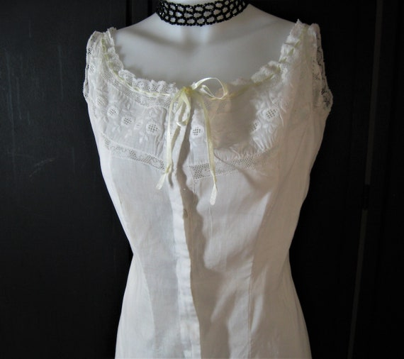 Antique 1910s Full Slip Dress Edwardian White Cotton, Princess Fitted Vintage 1900s Petticoat, Ribbon Drawstring Bodice, Eyelet Lace Bust 34