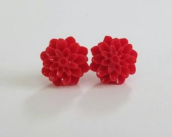 Chrysanthemum Beautiful Bloom Flower Earrings Red