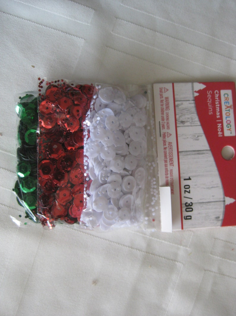 red kids crafts 1 oz 10 mm collage card making scrap booking sewing white and green Christmas colors sequins Holiday craft supply