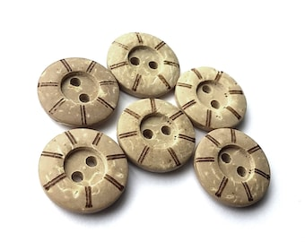 6 Coconut Carved Buttons 15mm - Nautical