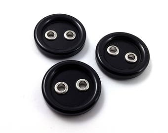 Black plastic vintage sewing buttons - set of 3 buttons 23mm