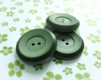 Green Plastic Sewing Button - set of 3 Vintage sewing buttons 26mm