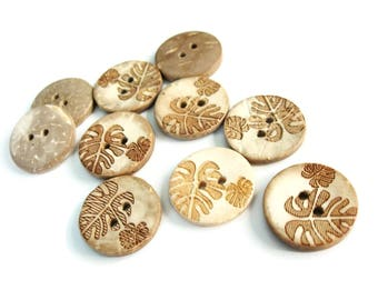 10 Coconut Shell Buttons 18mm - Rustic Leaf