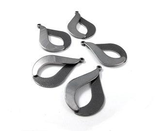 5 Teardrop pendant stainless steel 38mm charms