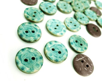 6 Coconut Shell Buttons 15mm - Aqua Blue Pattern (BC700)